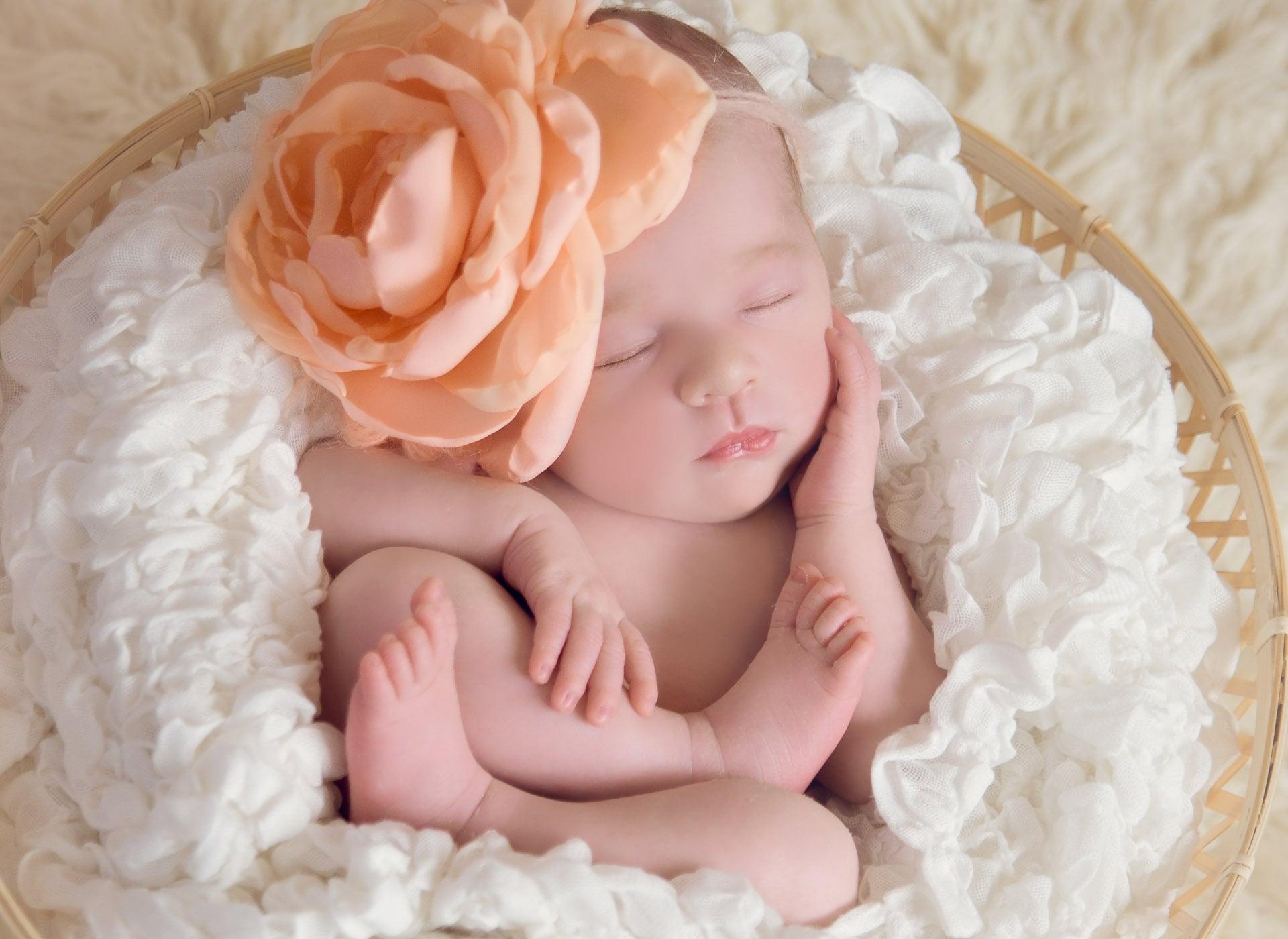 Newborn baby photographer in London